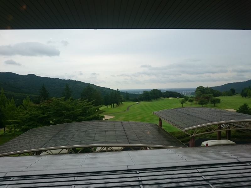石岡ゴルフ倶楽部ウエストコースの午後スルーへ行って来た ...